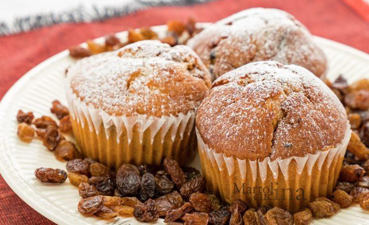 Muffin ricotta e uvetta, ricetta facile