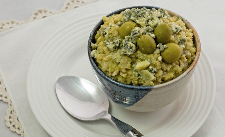 Risotto olive e formaggio, ricetta primo piatto facile