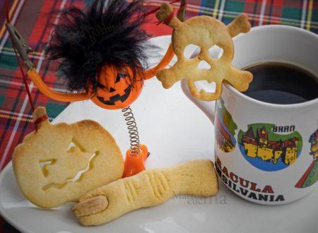 Biscotti di Halloween al limone, ricetta facile