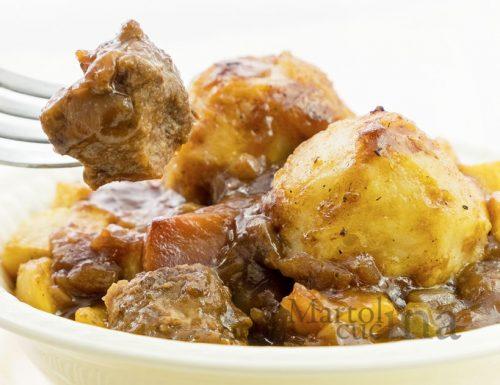 Bocconcini di manzo con patate, ricetta facile