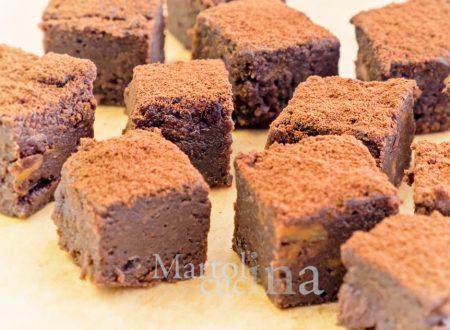 Brownies cioccolato e patate dolci, 2 ingredienti, senza farina burro e uova