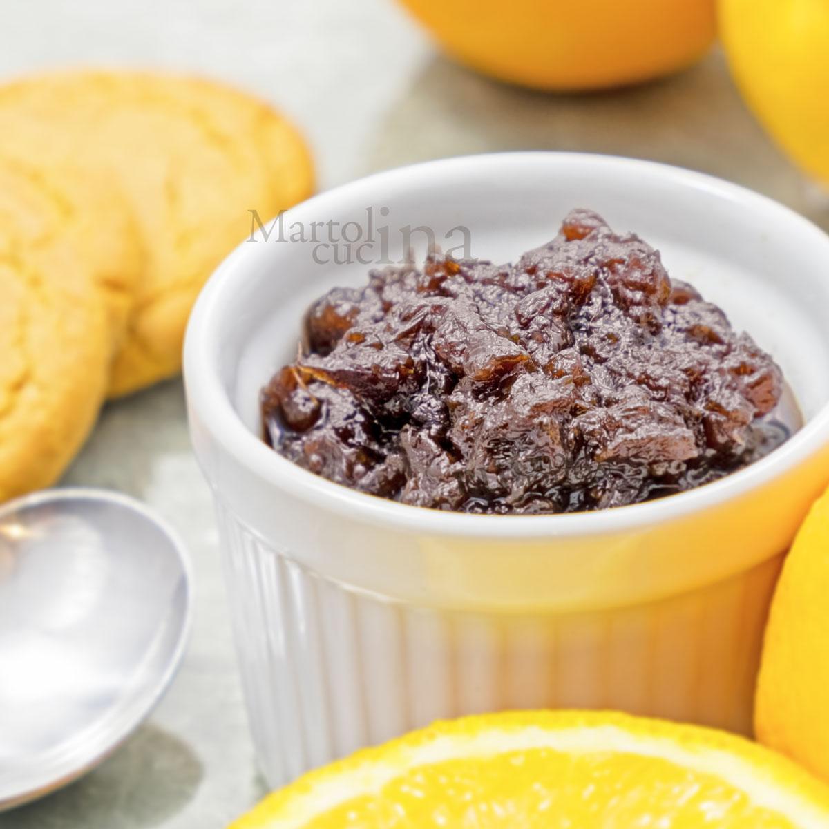 Marmellata di arance e cioccolato fondente