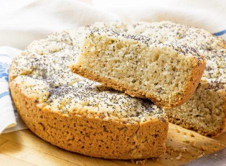 Cake con erbe aromatiche e semi di papavero, senza burro