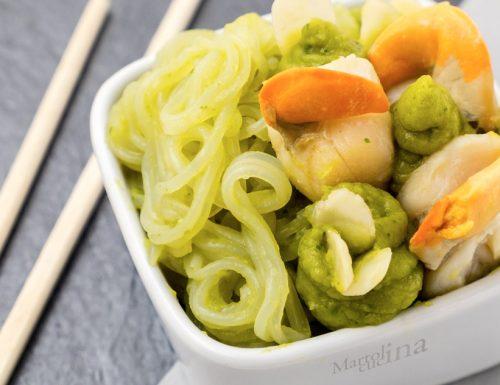 Spaghetti di riso in salsa di broccoli e capesante