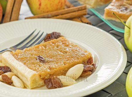 Crostata golosa mele e frutta secca, ricetta facile