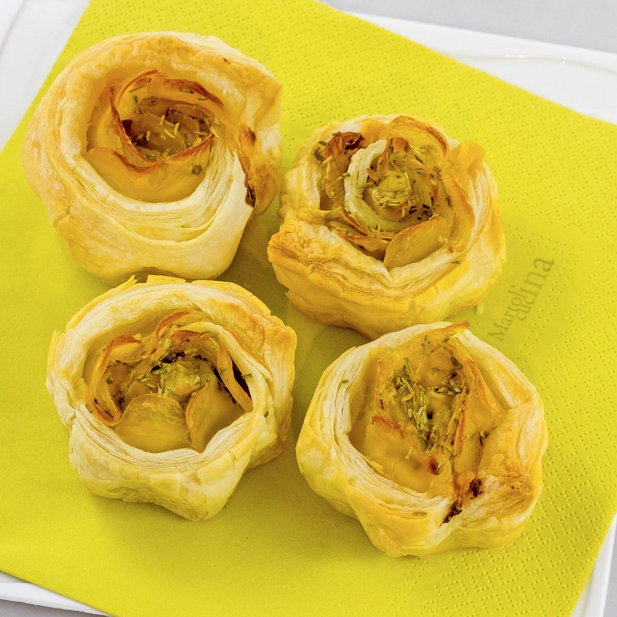 Rose di sfoglia con patate