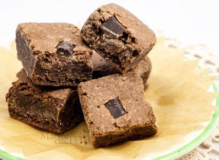 Brownies al cioccolato fondente, ricetta dolce facilissimo