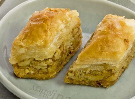 Baklava, dolcetto orientale con frutta secca