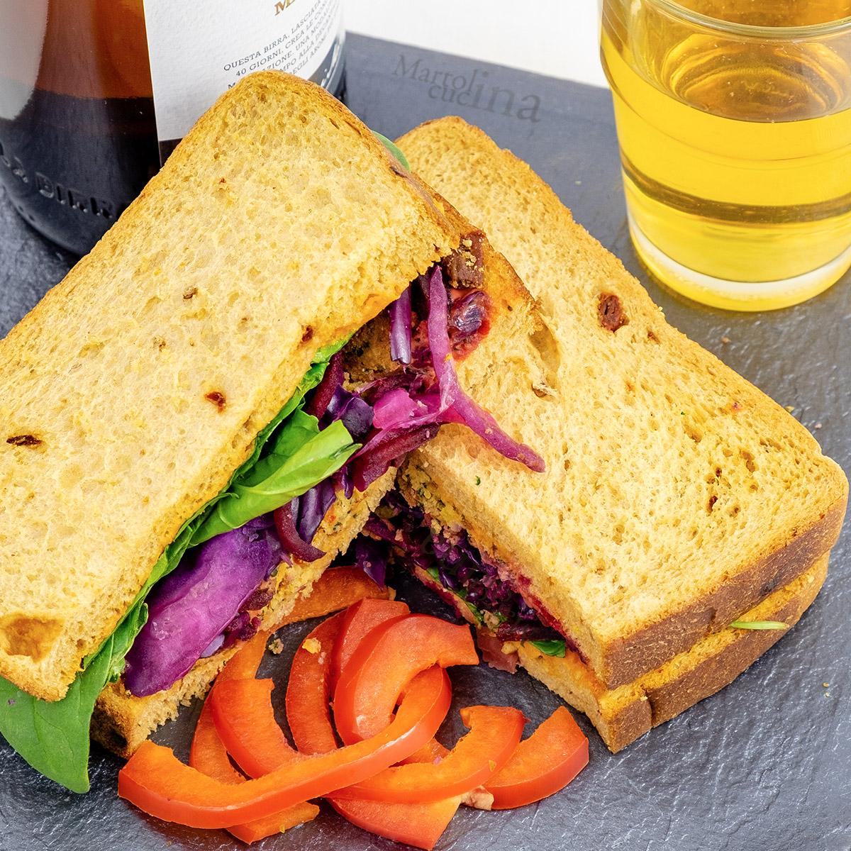 Sandwich con falafel