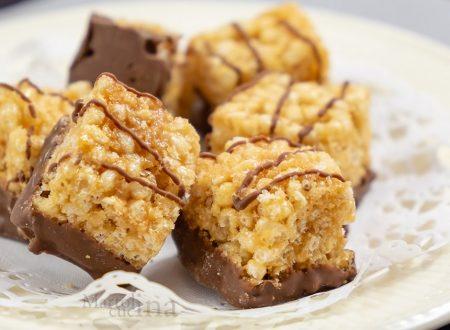 Pasticcini di riso soffiato, cioccolato e caramello salato
