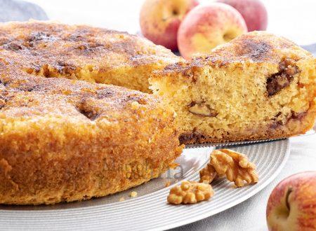 Torta di mele noci e confettura, dolce facile e morbidissimo