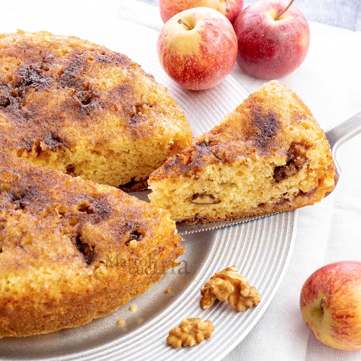 Torta di mele noci e confettura