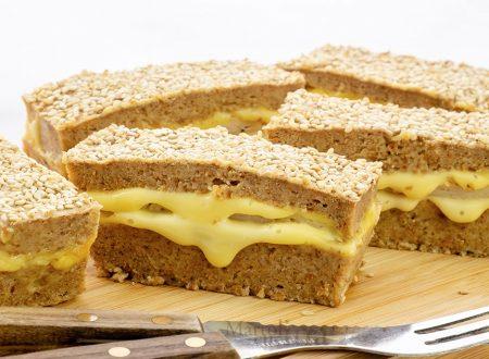 Torta salata di pane e ricotta ripiena, ricetta di riciclo