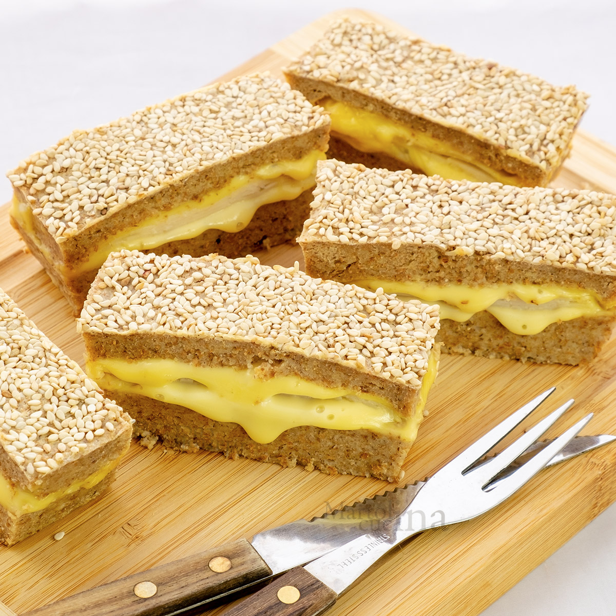 Torta salata di pane e ricotta ripiena