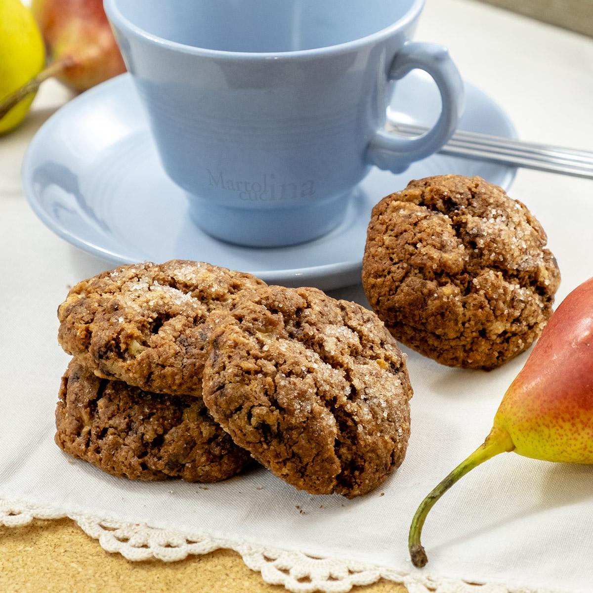 Biscotti con pere e cioccolato
