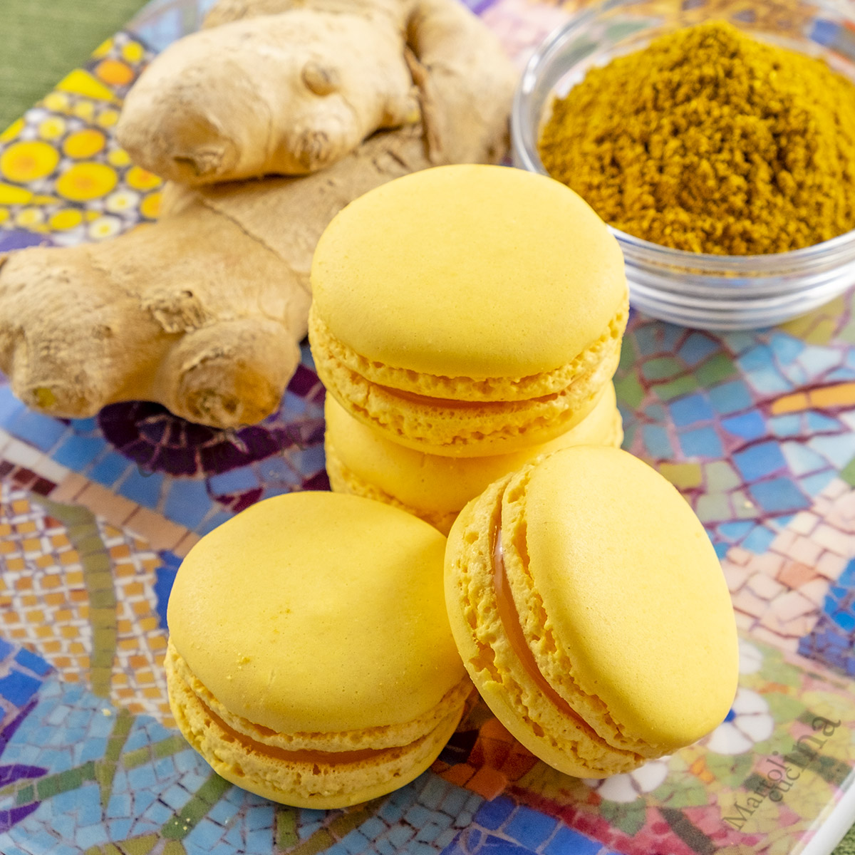 Macaron salati al curry e zenzero