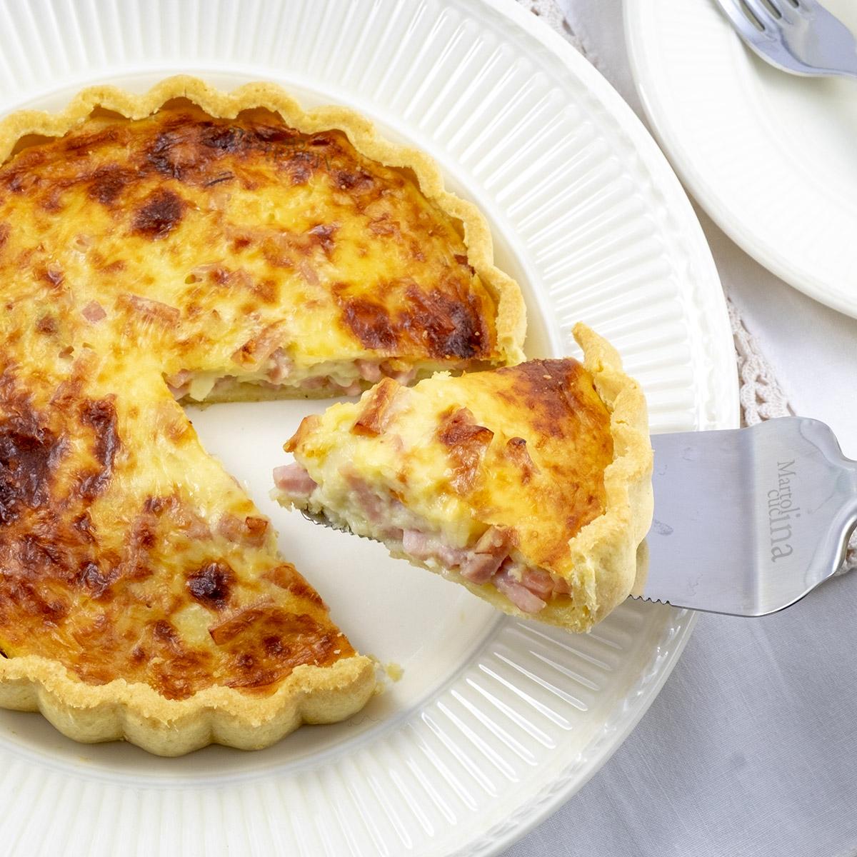 Torta salata con prosciutto ricotta e formaggio