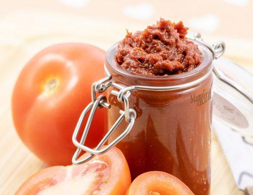 Come fare il concentrato di pomodoro in casa, 3 ingredienti, facilissimo