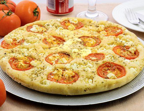 Focaccia con pomodori e feta, con 1 cucchiaio e senza lievitazione