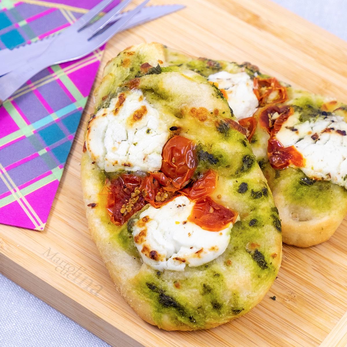 Pizzette ricotta pomodori pesto