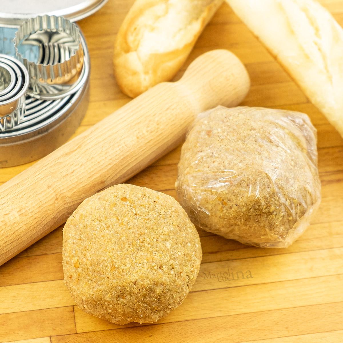 Pasta frolla con pangrattato