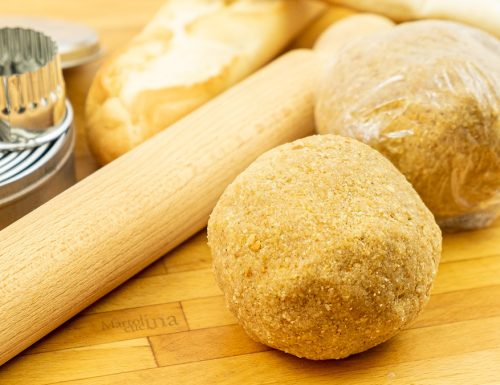 Pasta frolla con pangrattato o pane grattugiato, senza farina aggiunta