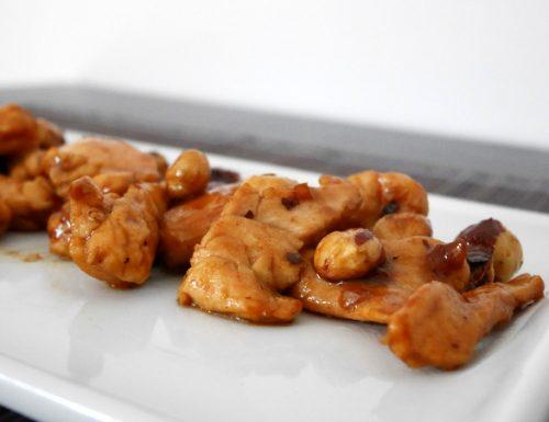 Pollo alle nocciole
