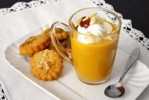 Cappuccino di zucca con biscottini al parmigiano