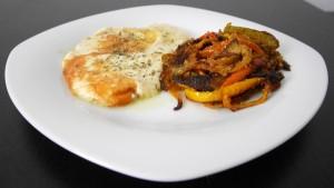 Cacio all'argentiera (falso coniglio) con peperoni panati al forno
