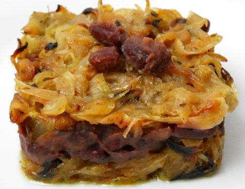 Tortini di cipolla con cuore di fagioli rossi
