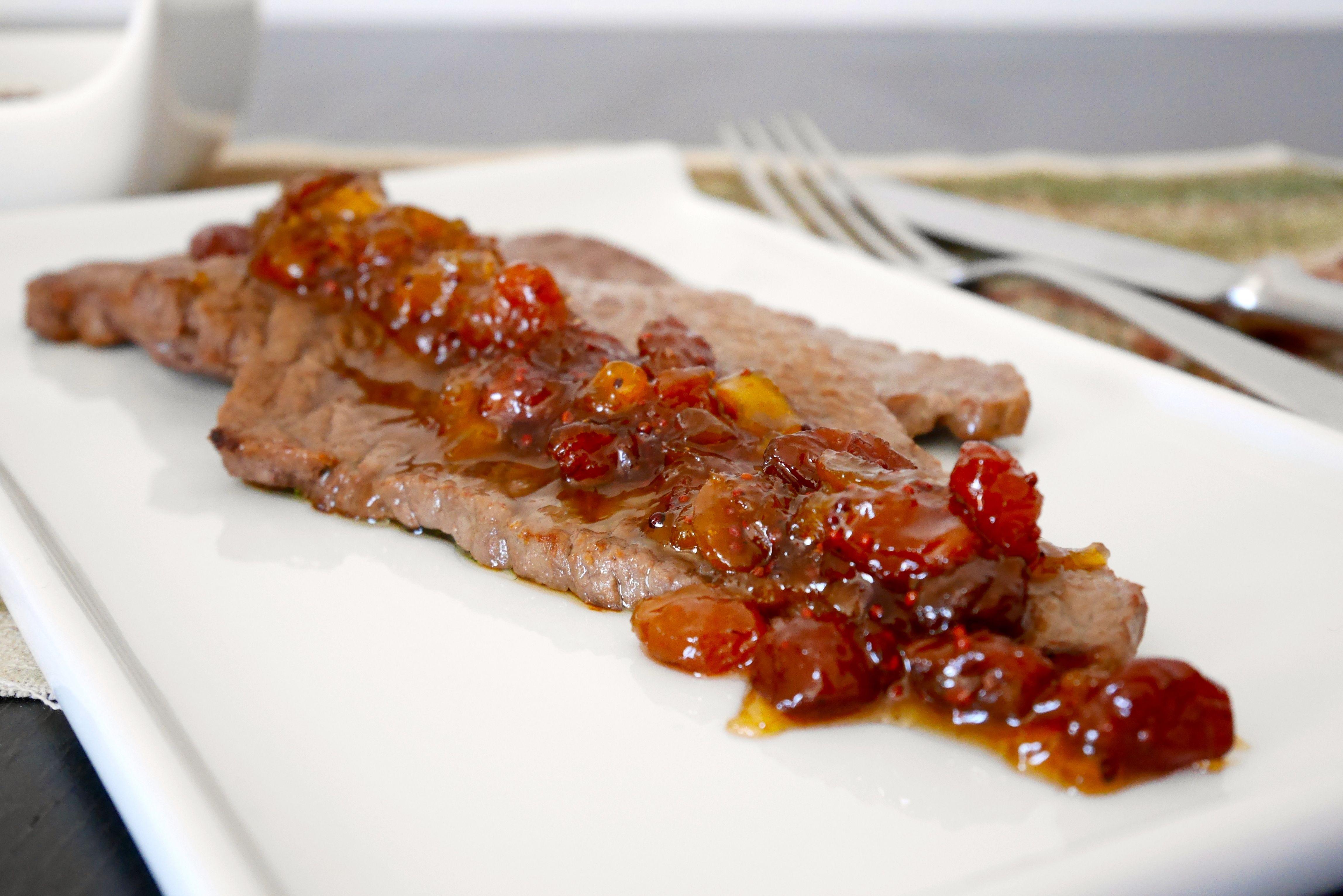 Bistecca di vitello con chutney di pesche