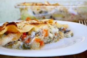 Lasagne con dadolata di verdure con scamorza affumicata