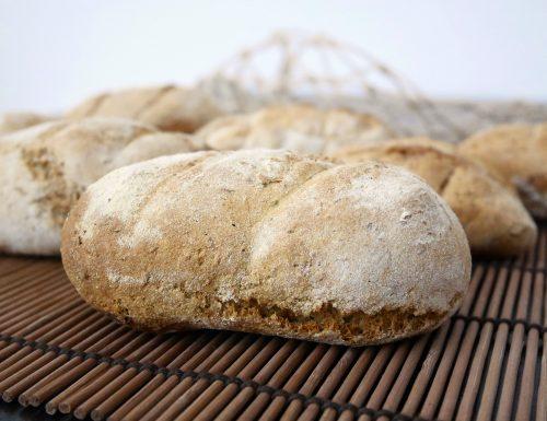 Pane con farina di frumento e segale