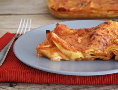 Lasagne rosa con mozzarella