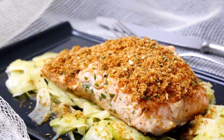 Filetto di salmone arrosto con panatura croccante