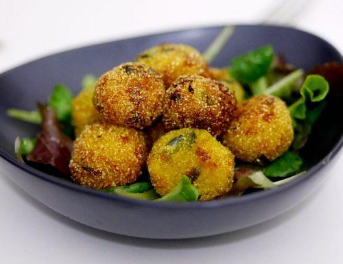 Polpette fritte patate e zucca alla curcuma – ricetta vegan