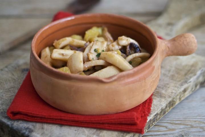 Seppie in umido con patate al burro e vino bianco