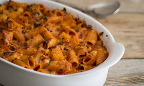 Pasta al forno con ragù di zucchine e melanzane