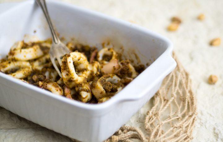 Anelli di calamari con pistacchi al forno