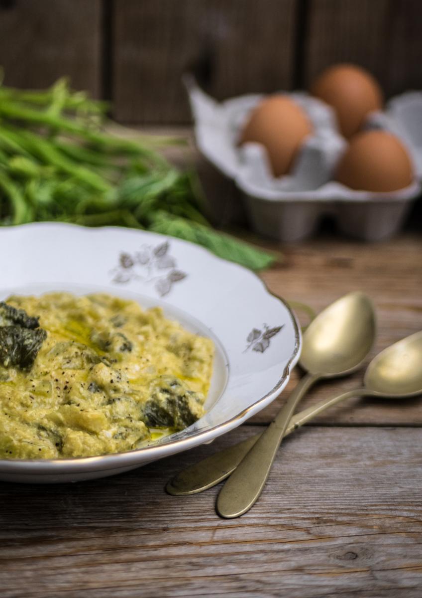 Minestra di tenerumi con uova