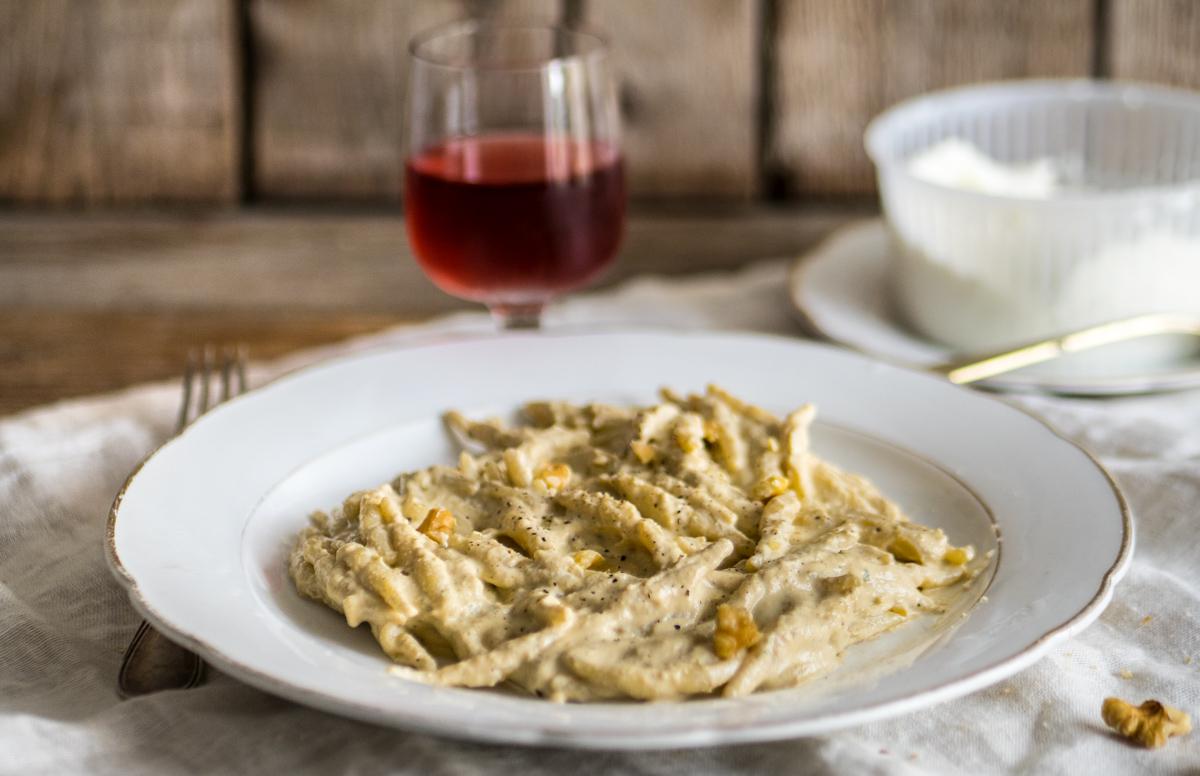 Trofie con Pesto alla Siciliana
