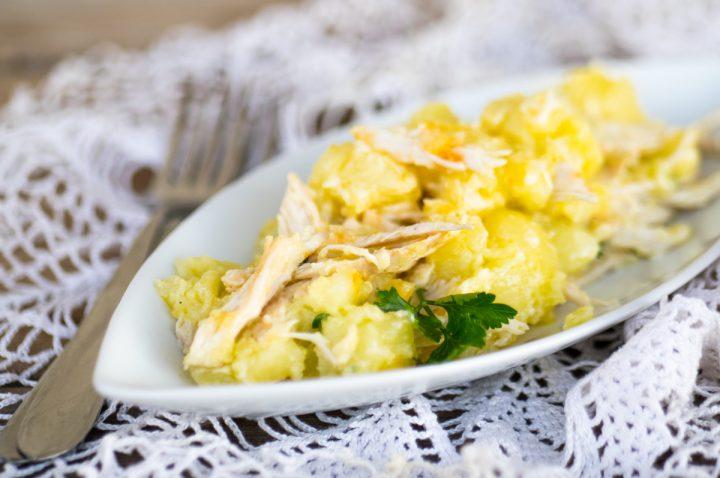 Insalata di pollo e patate piccante