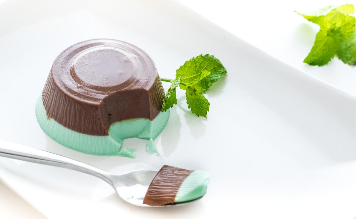Ricette Panna Cotta al Cacao con Granella di Nocciole