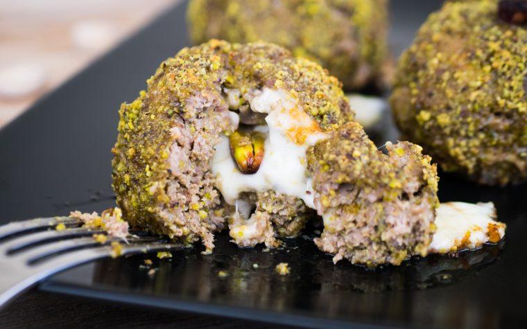 Pasticcini di carne al pistacchio