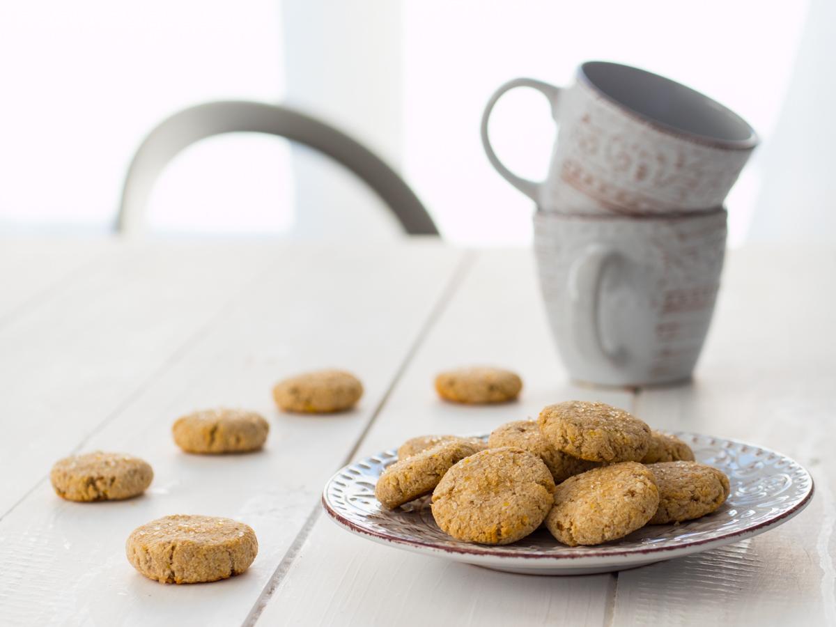 Biscotti vegan banana e cocco