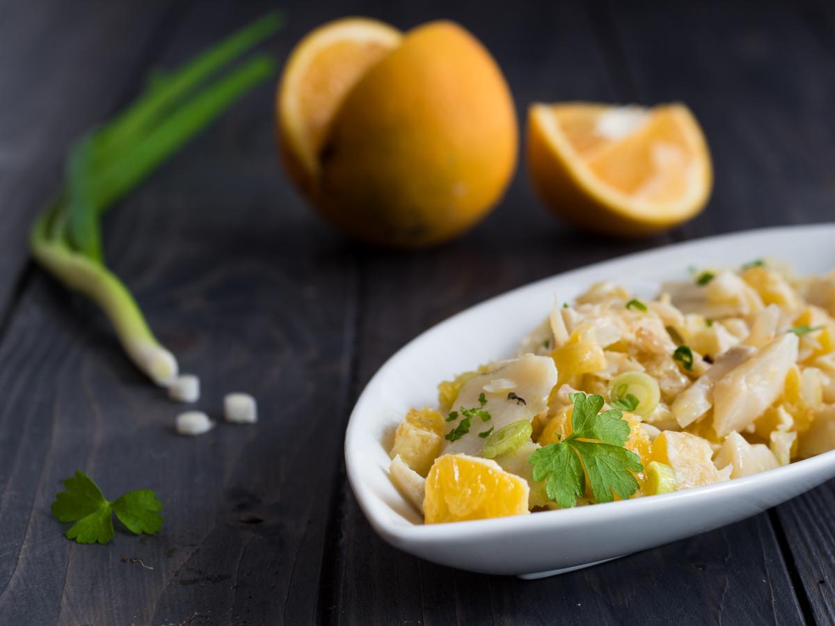 Insalata di baccalà con arance e cipollotti