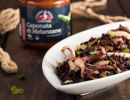Insalata di riso venere con calamari e caponata
