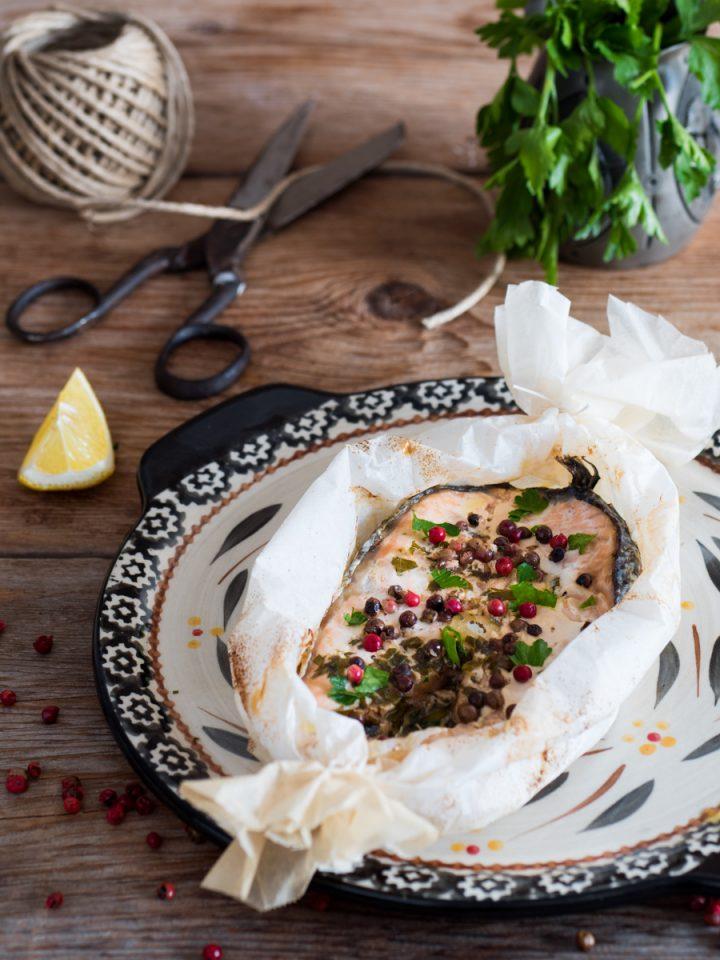 Salmone al cartoccio - ricetta gustosa e leggera