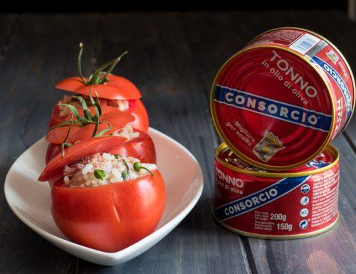 Pomodori ripieni di riso al tonno