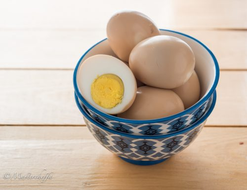 Uova alla salsa di soia giapponesi – shoyu tamago